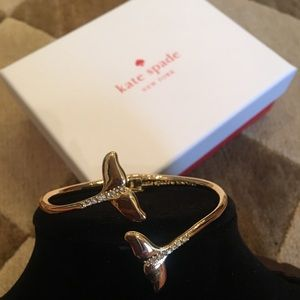 💥NWT💥 KATE SPADE whale tail bangle bracelet